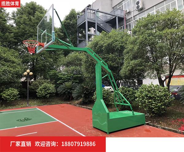 移動籃球架